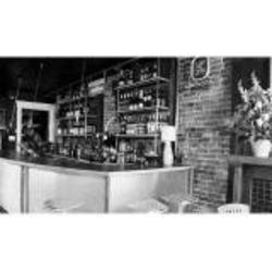 107 Fourth Avenue Wine Bar & Cafe