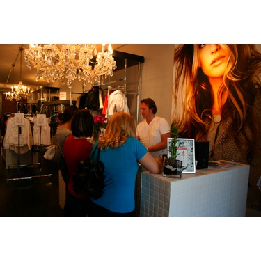 MODA 632 Queen St West Toronto Ontario Reviews In Boutiques Malls