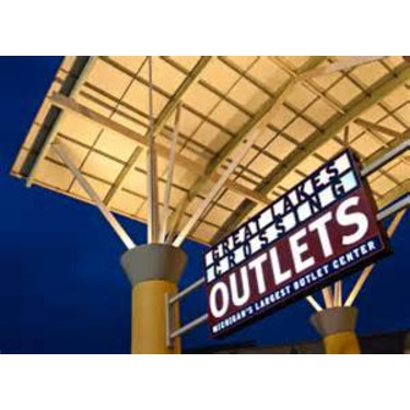 Great Lakes Crossing - Outlet Store