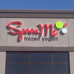 Spoon Me Frozen Yogurt