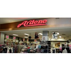 Ardene shopping