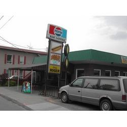 Chez Roger Fast Food Restaurant